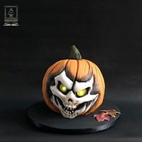 Scary pumpkin cake