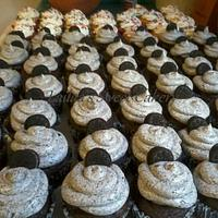 Oreo Cupcakes by Lailaa