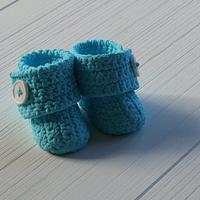 Baby crochet uggs