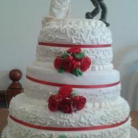 red rose wedding cake