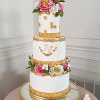 Wedding cake with flowers