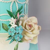 Gentle wedding cake