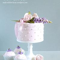 Lilac and Roses Posy Cake
