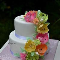 wedding cake with pastel tulips