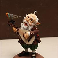 GNOME PLAYING THE LUTE