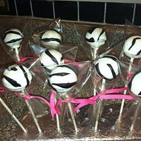 Zebra cupcakes & cake pops