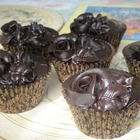 Chocolate Roses Cupcakes
