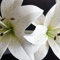 Gumpase Lily - Lirios en pasta de goma