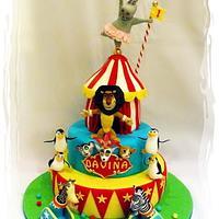 Cirque du Madagascar... The Circus Comes To Town!