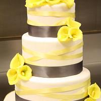 Cala Lily Wedding Cake