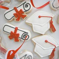Graduation Caps & Diplomas