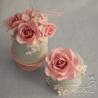 Shabby Chic Mini Cakes