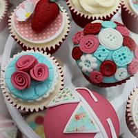 shabby chic button cupcakes