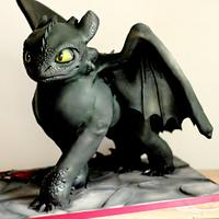 Toothless sculpted cake