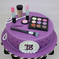 MAC Cake 18. Birthday
