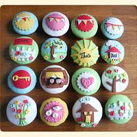 New house cupcakes