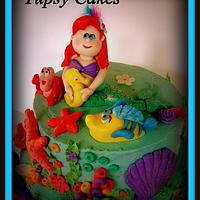 little marmeid  cake by tupsy cakes