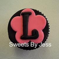 Initial (cupcake topper)