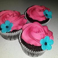 Birthday cupcakes...