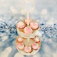 Vintage Mini Cupcakes