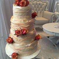 Summer wedding roses and waves