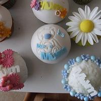Mothers Day Cupcakes by Amanda Watson