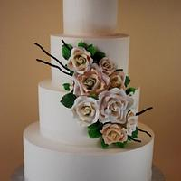 Antique Garden Rose Wedding Cake