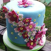 Simply cake with flowers