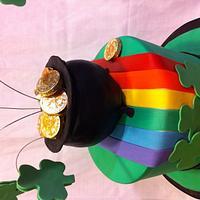 St Patrick Leprechaun Hat birthday cake by Jenny Kennedy Jenny's Haute Cakes