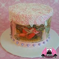 Vintage Valentines Cake