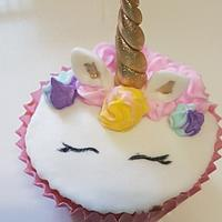 Cup cake y cake pop unicornio