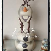 Olaf snowman Frozen cake