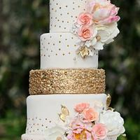 Peach and Gold themed Wedding Cake