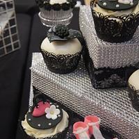 heels and handbag cupcakes  by Maja Brookes