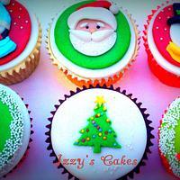 Bright Christmas Cupcakes