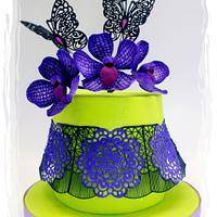 """Polly's Violet Vanda & Black Lace Stringwork Cake for """"SUPER CAKE MOMS COLLABORATION"""""""