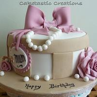 Hat Box Cake for Mum  by Caketastic Creations