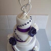 wedding cake by Amy