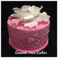 Simple stencilled cake with Wafer Peony