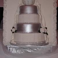 framed wedding cake