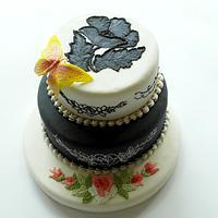 black&white royal icing cake