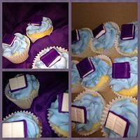 book club theme cupcakes