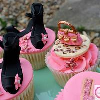 Pretty in Pink Hen Party Cupcakes