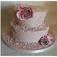 pretty vintage buttercream cake