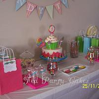 Niki's Candy Cake by Tea Party Cakes