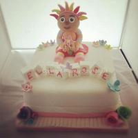 Upsy Daisy Naming Cake