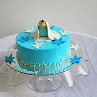 Blue sharp edges whipped cream cake!!
