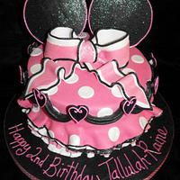Minnie Mouse cake by Dee