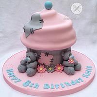 tatty Teddy Giant Cupcake by Sandra's cakes