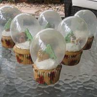 Christmas Snow Globe Cupcakes